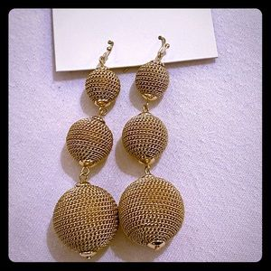 Club Monaco chain ball drop earrings 🆕